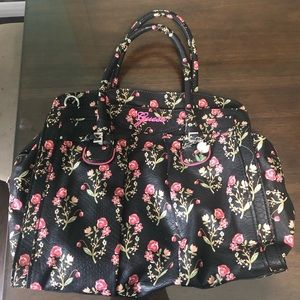 Authentic Guess Purse with matching wallet